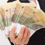 Peste 5 milioane de oameni săraci din Italia, inclusiv români, vor primi o alocaţie de 780 de euro. Ce condiţii trebuie să îndeplinească